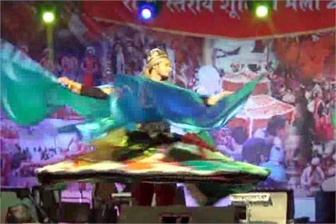 artists make tanoora dance with 60kg of costume viewers are shocked