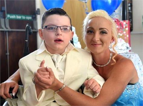 7 year old boy marries mother like fairytale wedding