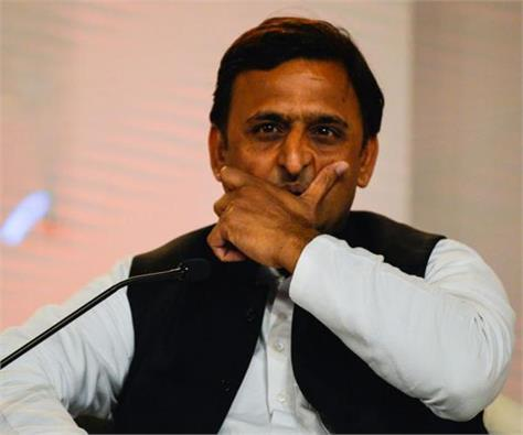 cag report reveals rs 97 000 crore scam in akhilesh government