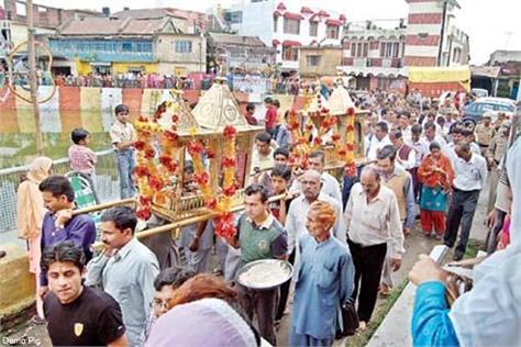 vaman dvashashi fair begins with procession of lord