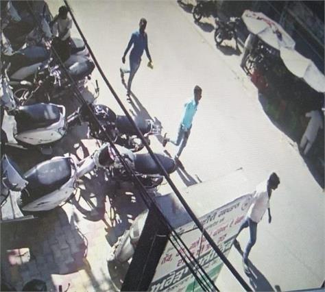 robbery in nawanshahr