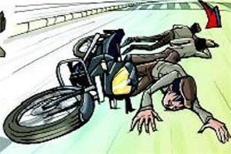 unidentified vehicle collided with bike killing 3 youths