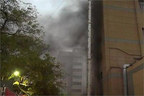 delhi a fire in trauma center of aiims