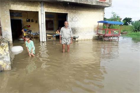 heavy rain in santoshgarh