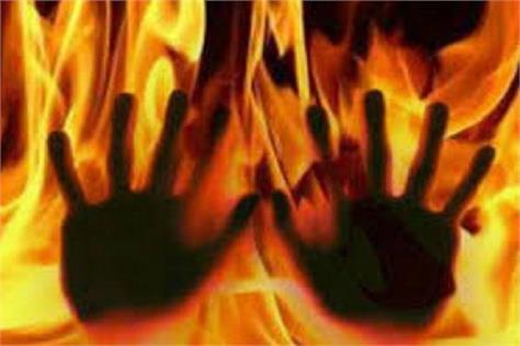 eighth student hurt by gang rape putting kerosene on fire dies