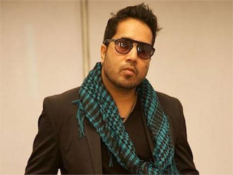 mika singh manager soumya khan commits suicide
