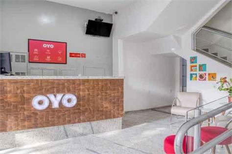 oyo losses widen losses to rs 2390 crore in fy 2018 19