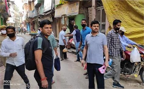 varanasi fir against a dozen shopkeepers