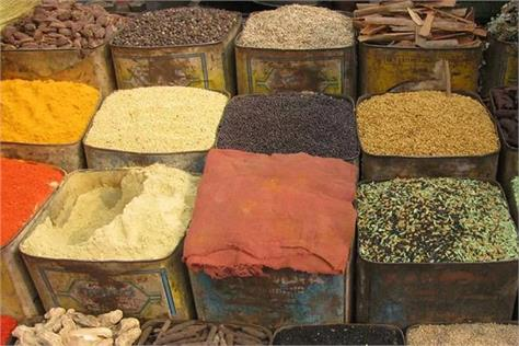 no shortage of food grains in the country supply will be supplied
