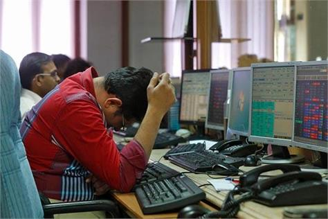 heavy fall in stock market 4 58 lakh crores of investors