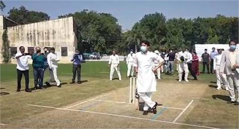 scindia played cricket match in gwalior