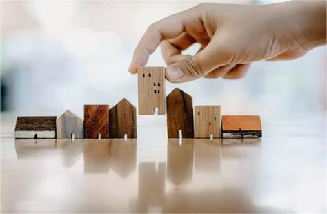 increase in luxury housing sales