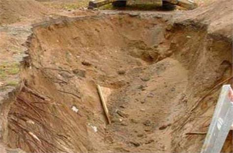 worker died by being buried in soil during sewer construction work