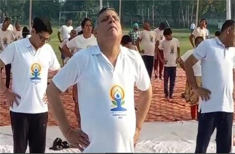 announcement of education minister on yoga day