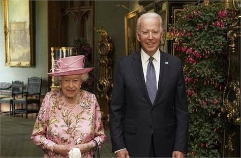 queen elizabeth ii reminded me of my mother joe biden