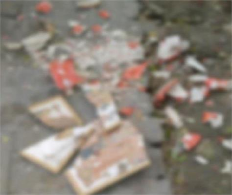 mischievous elements broke the idols of lord shiva and hanuman