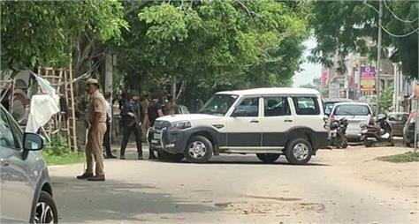 terrorists are suspected to be hiding in lucknow