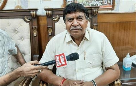 gyan chand om prakash chautala has his own politics