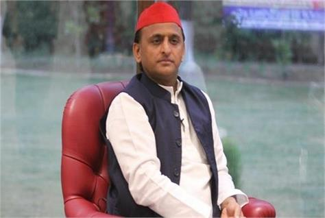 akhilesh expressed grief over the death of mahant narendra giri